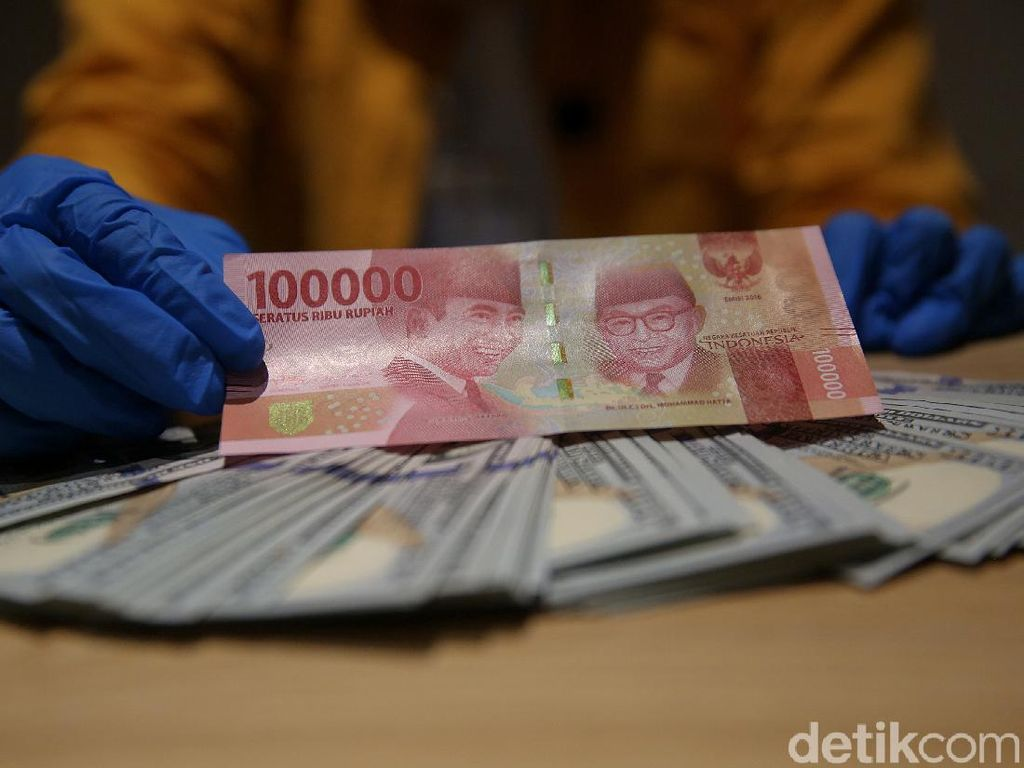 Joe Biden Efek, Dolar AS Nyaris Terjun ke Rp 13.000