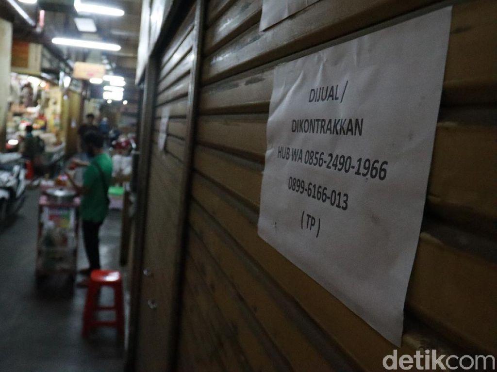 Pedagang di Pasar Baru Bandung Ramai-ramai Jual Kios