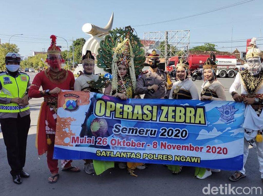 Operasi Zebra Semeru di Ngawi Libatkan Tokoh Pewayangan