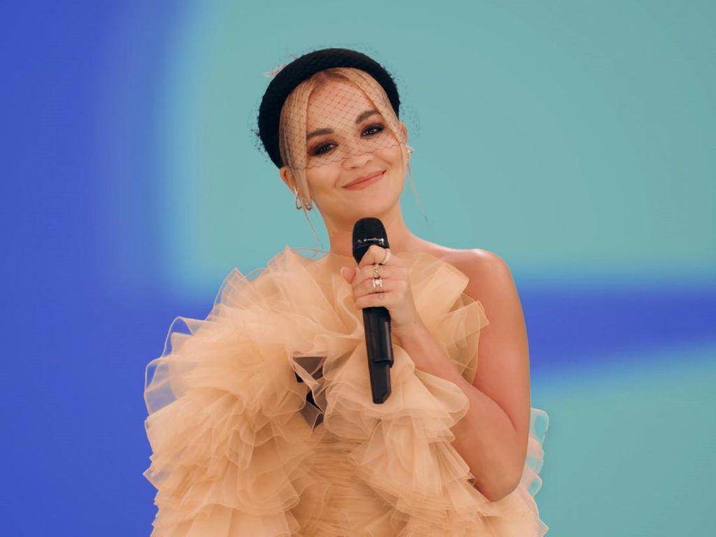 Rita Ora Minta Maaf Usai Gelar Pesta saat Lockdown