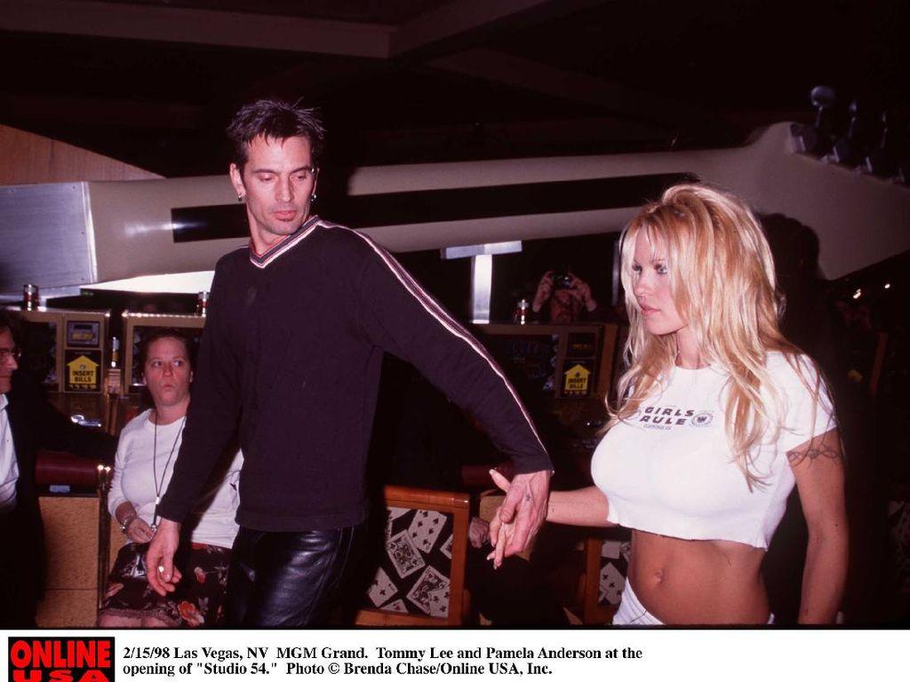 Skandal Seks Pamela Anderson dan Tommy Lee Difilmkan, Ini Pemerannya