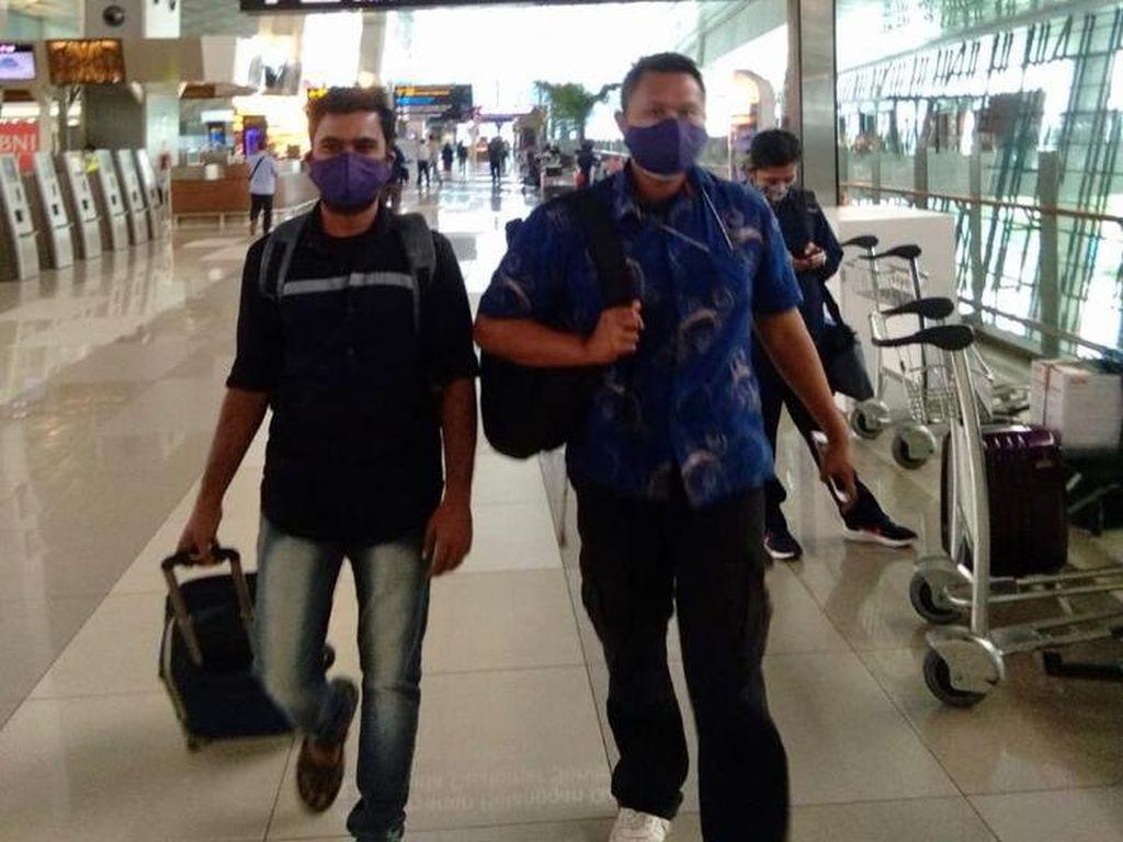 Overstay Saat Jenguk Istri Sakit, WN India Dideportasi Imigrasi Kediri