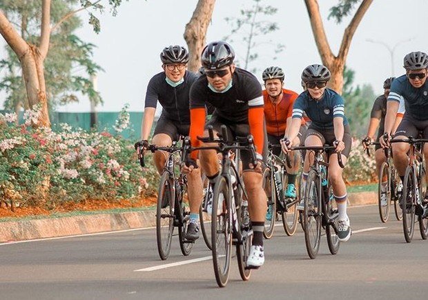 Gisel Rutin Bersepeda untuk Menjaga Kebugaran Tubuh