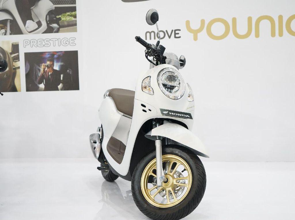 Honda Scoopy Generasi Baru, Kenapa Masih Pakai Mesin 110 cc?