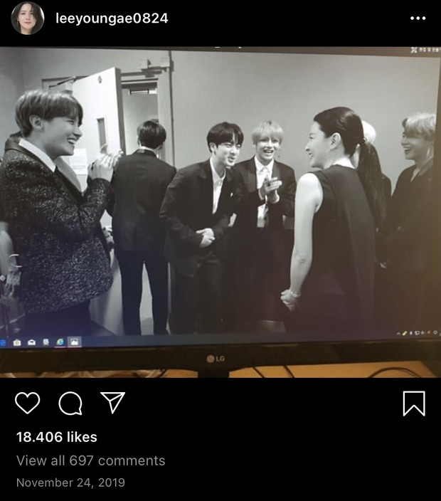 Lee Young Ae Bersama BTS/ Foto: