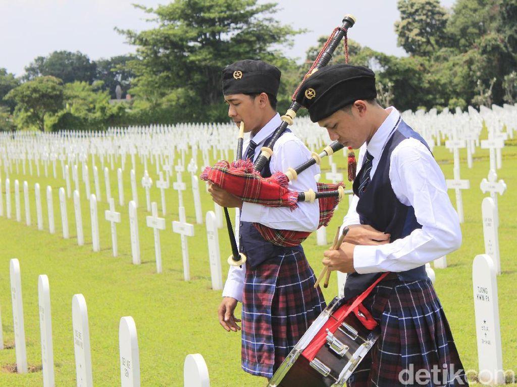 Syahdunya Peringatan Korban Perang di Ereveld Pandu Bandung