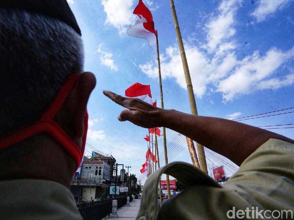 Peringati Hari Pahlawan, Jembatan Keris Berhias Merah Putih