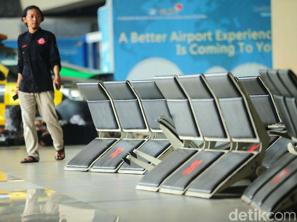 Macet Bikin Bandara Soetta Lumpuh, Siapa Saja yang Dirugikan?