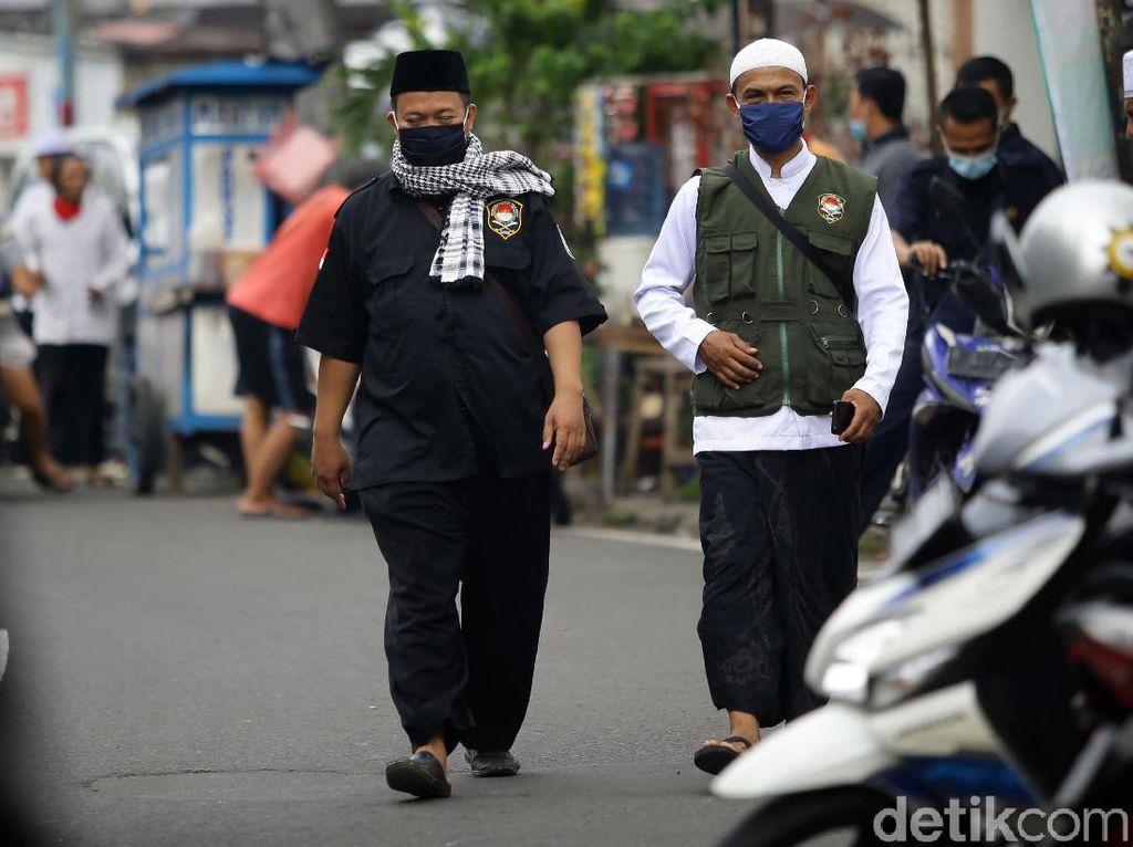 Potret Massa FPI Berdatangan ke Jalan KS Tubun