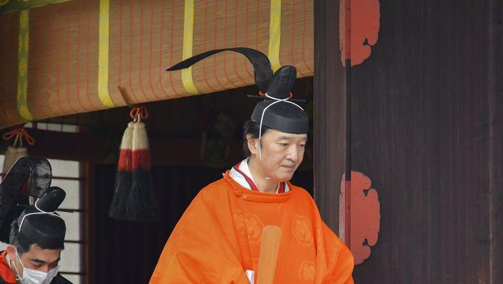 Potret Pangeran Akishino, Sang Pewaris Takhta Kekaisaran Jepang