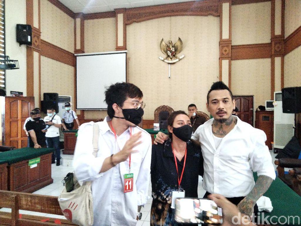 Baca Pleidoi, Jerinx Tuding Ketua IDI Bali Larang dr Tirta Beri Kesaksian