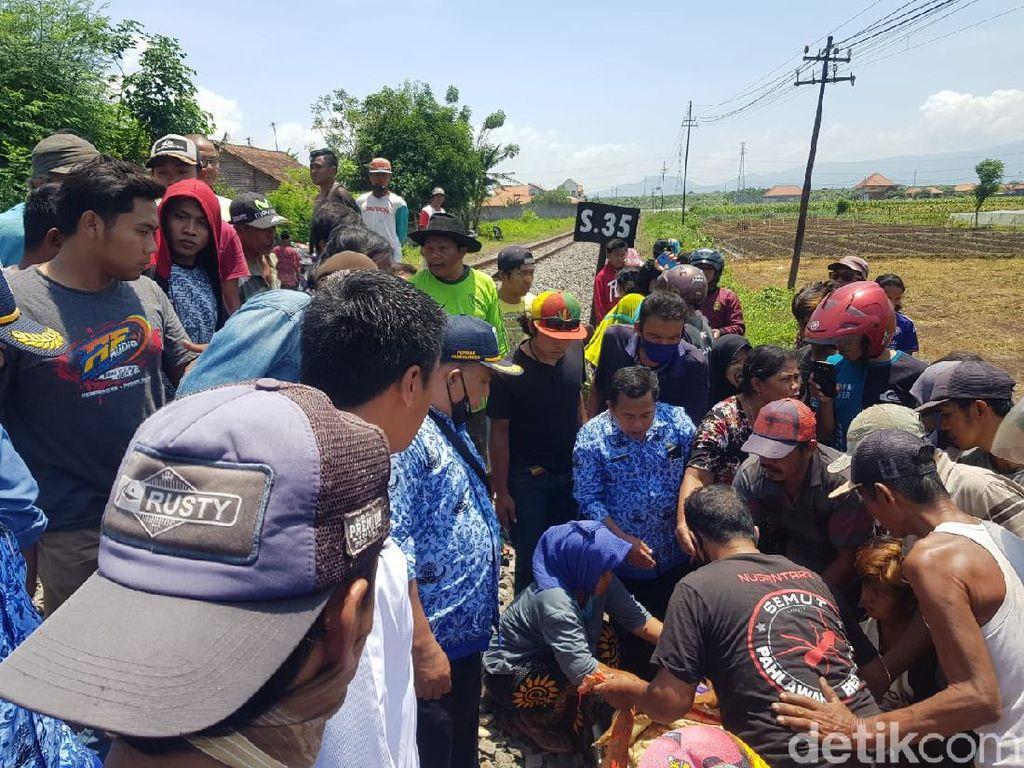 Wanita di Probolinggo Tewas Tertabrak Kereta, Warga Duga Korban Bunuh Diri