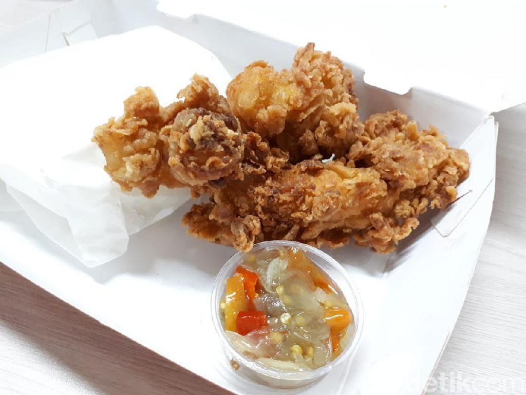 Adu Lezat 3 Crispy Fish Sambal Matah, Mana yang Favorit?