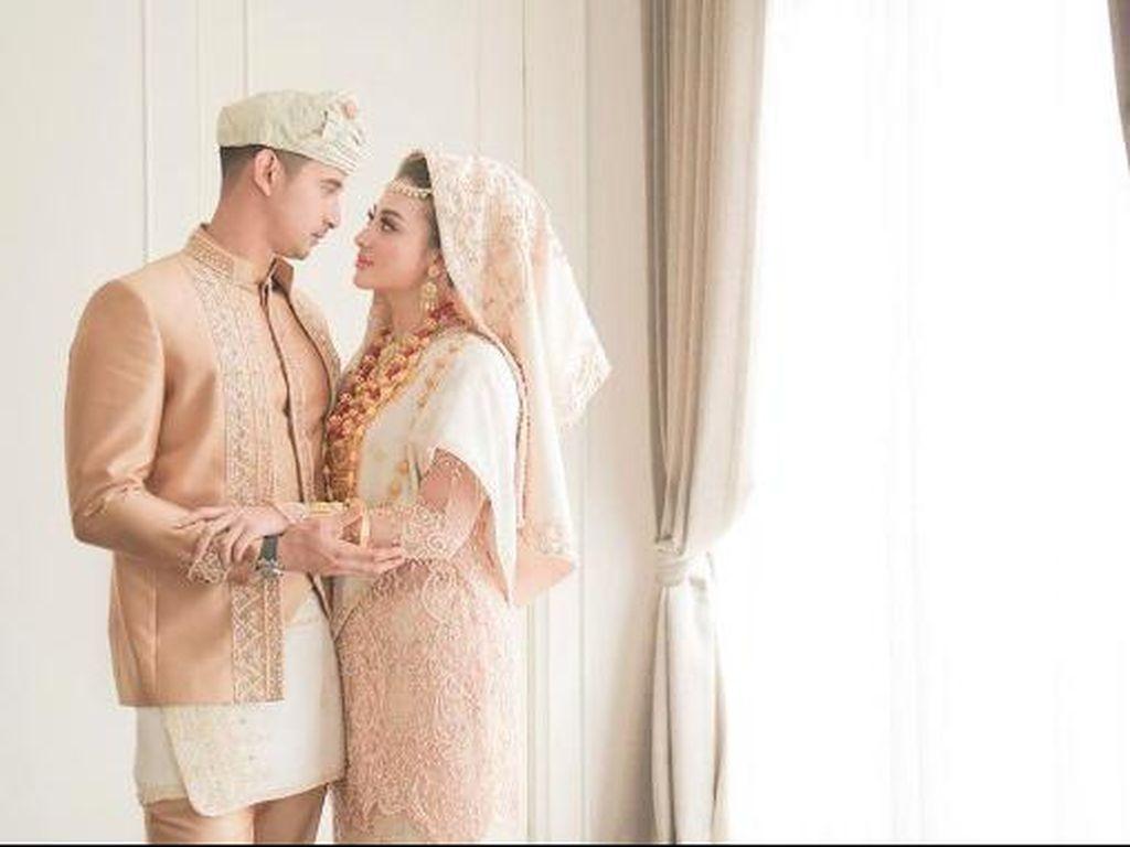Dear Ali Syakieb dan Margin Wieheerm... Kapan Sih Kalian Menikah?