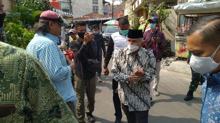 Amien Rais tiba di kawasan kediaman Habib Rizieq, Petamburan, Jakarta, Rabu (11/11/2020).
