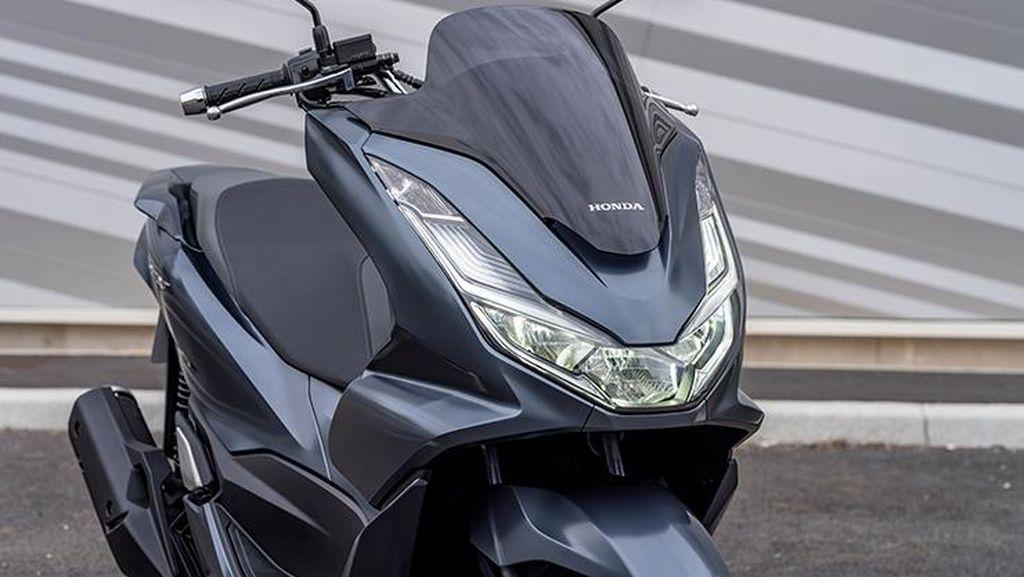 Melihat Lebih Dekat Tampang Honda PCX Terbaru