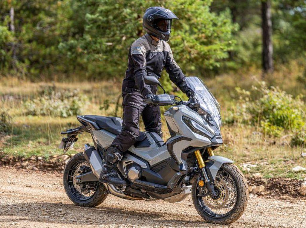 Tampilan Baru Honda X-ADV, Lebih Ringan, Tenaganya Tambah Gede