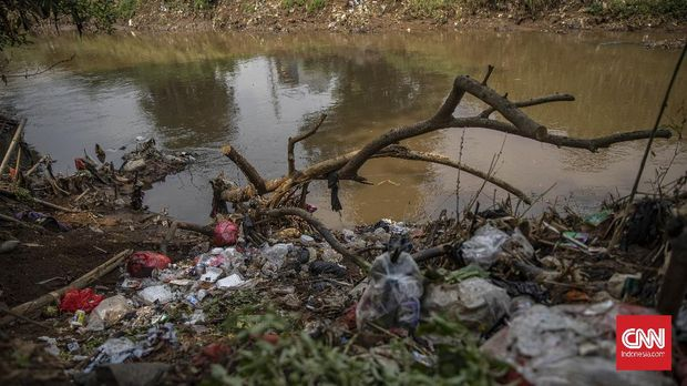 Ilustrasi Sungai Ciliwung. CNN Indonesia/Bisma Septalisma