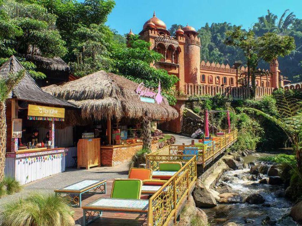 Berlibur Bareng Keluarga di Bandung, Ini 4 Tempat yang Asyik Dikunjungi