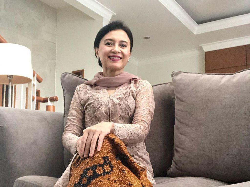 Kenalan dengan Luki Ariani, Ibunda Sherina Munaf yang Awet Muda