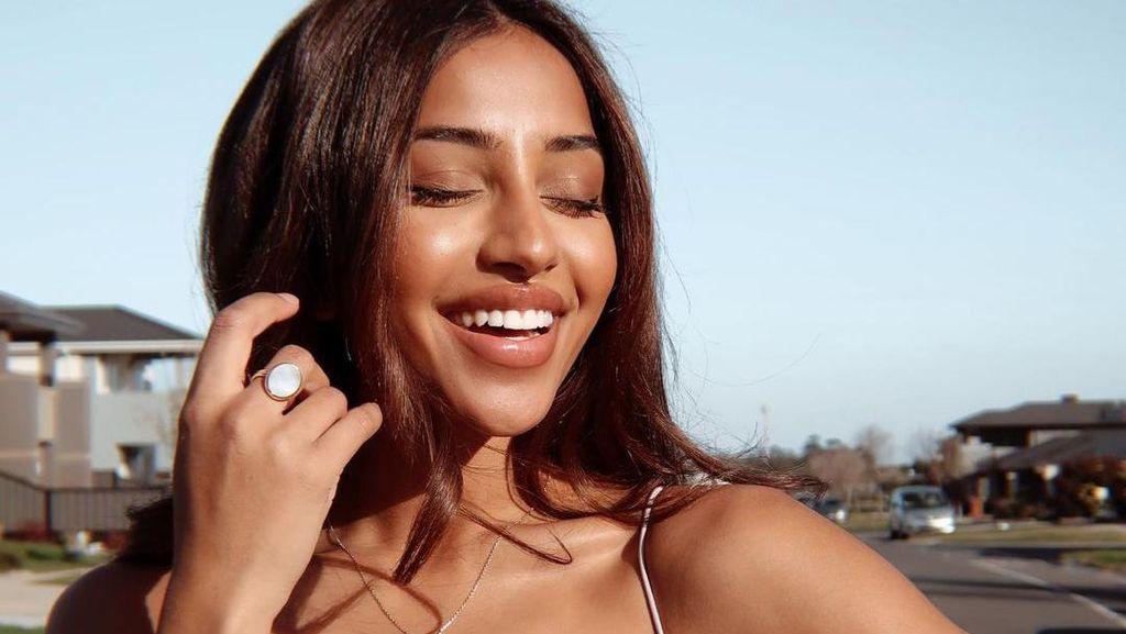 Potret Miss Universe Australia yang Didiskriminasi karena Terlalu Cantik