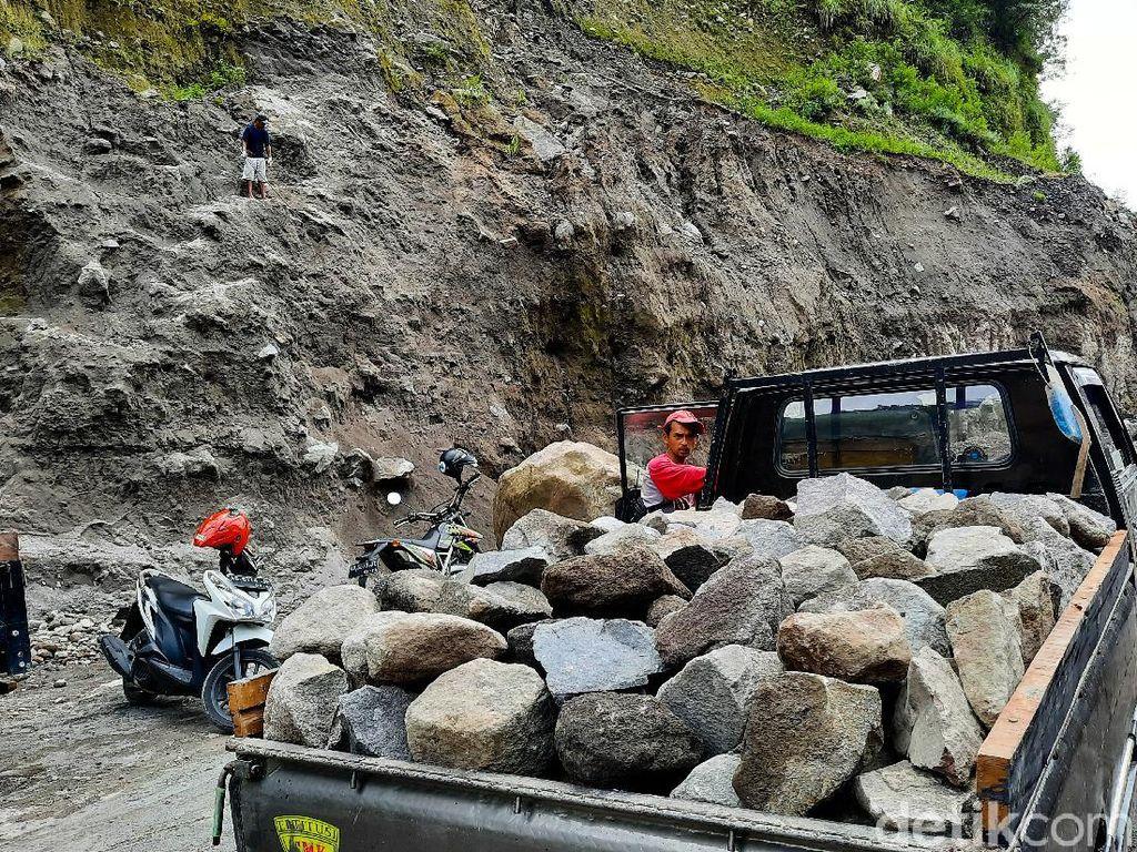 Dilema Tambang Kali Gendol, Antara Penghasilan dan Keselamatan Warga
