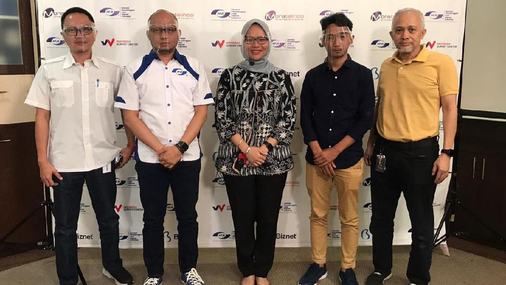 Pengguna Internet Indonesia Hampir Sentuh 200 Juta