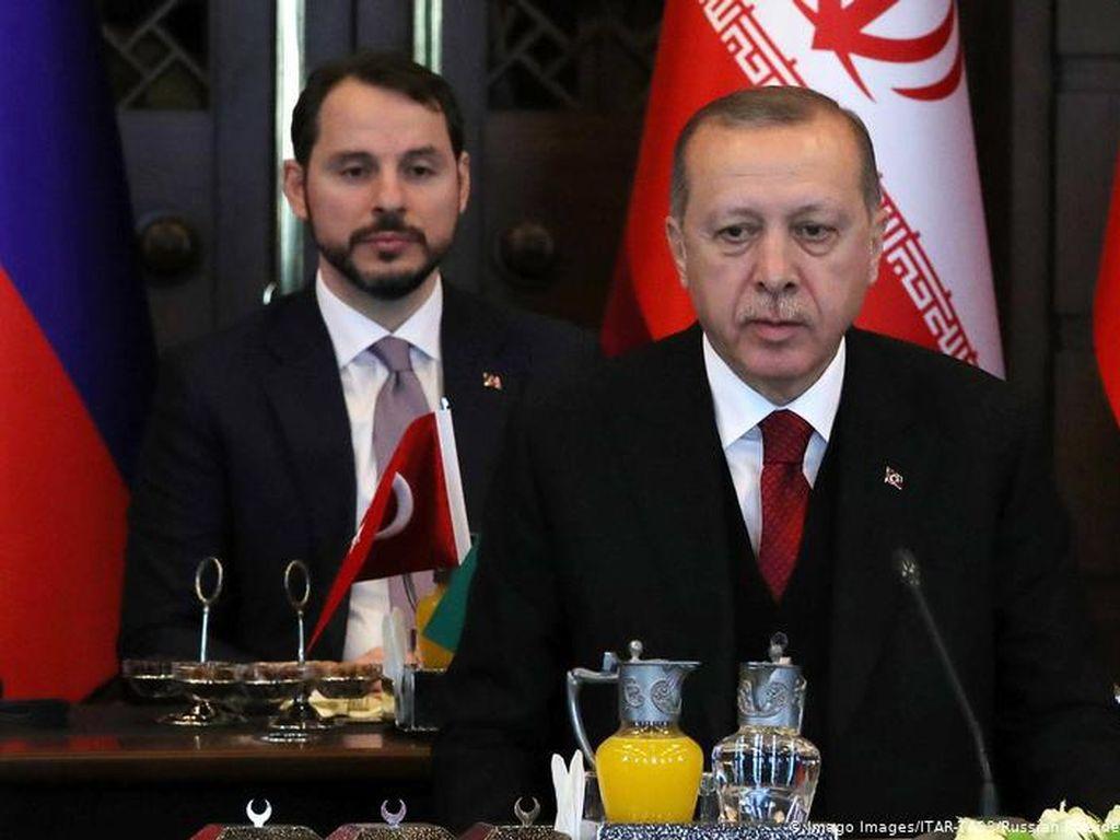 Pengunduran Diri Putra Mahkota Turki Lukai Presiden Erdogan