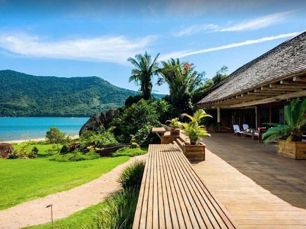 Pulau Bulan Madu Romantis ala Twilight Ternyata Ada di Brasil