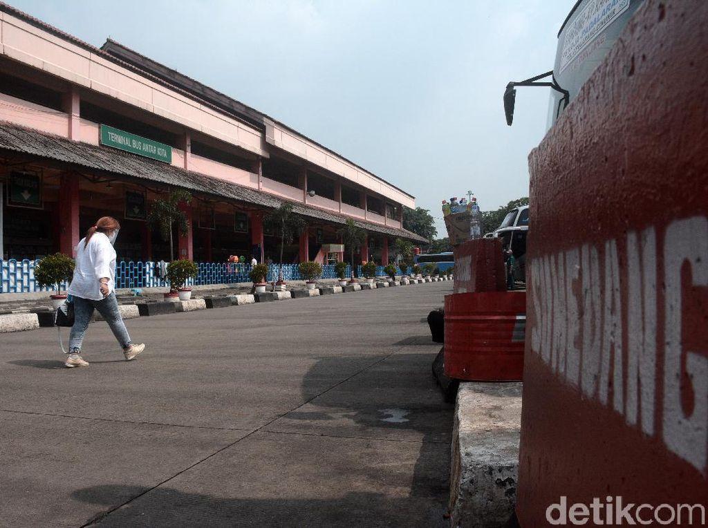 Revitalisasi Terminal Kampung Rambutan Tahun Ini Batal