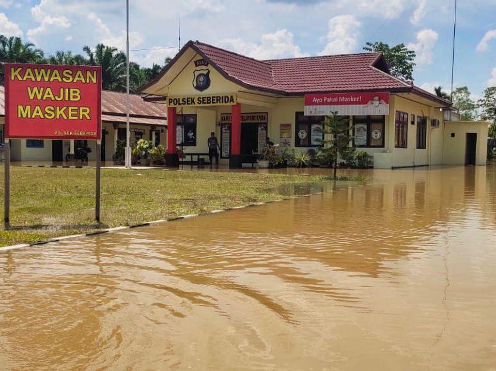 Banjir Akibat Luapan Sungai di Riau, Ratusan Warga di 5 Kecamatan Mengungsi
