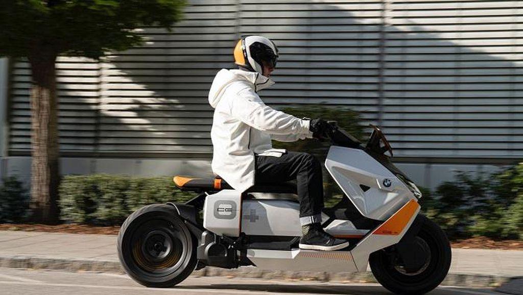 Foto Skuter Listrik Baru BMW Motorrad