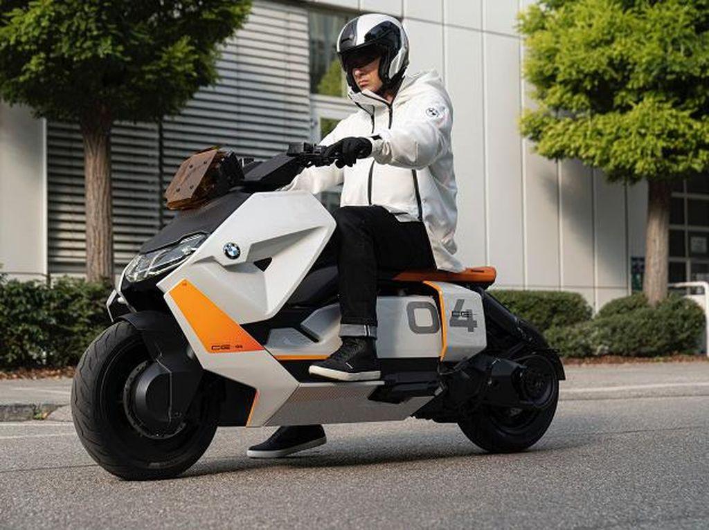 Skuter Listrik BMW CE 04 Segera Masuk Jalur Produksi