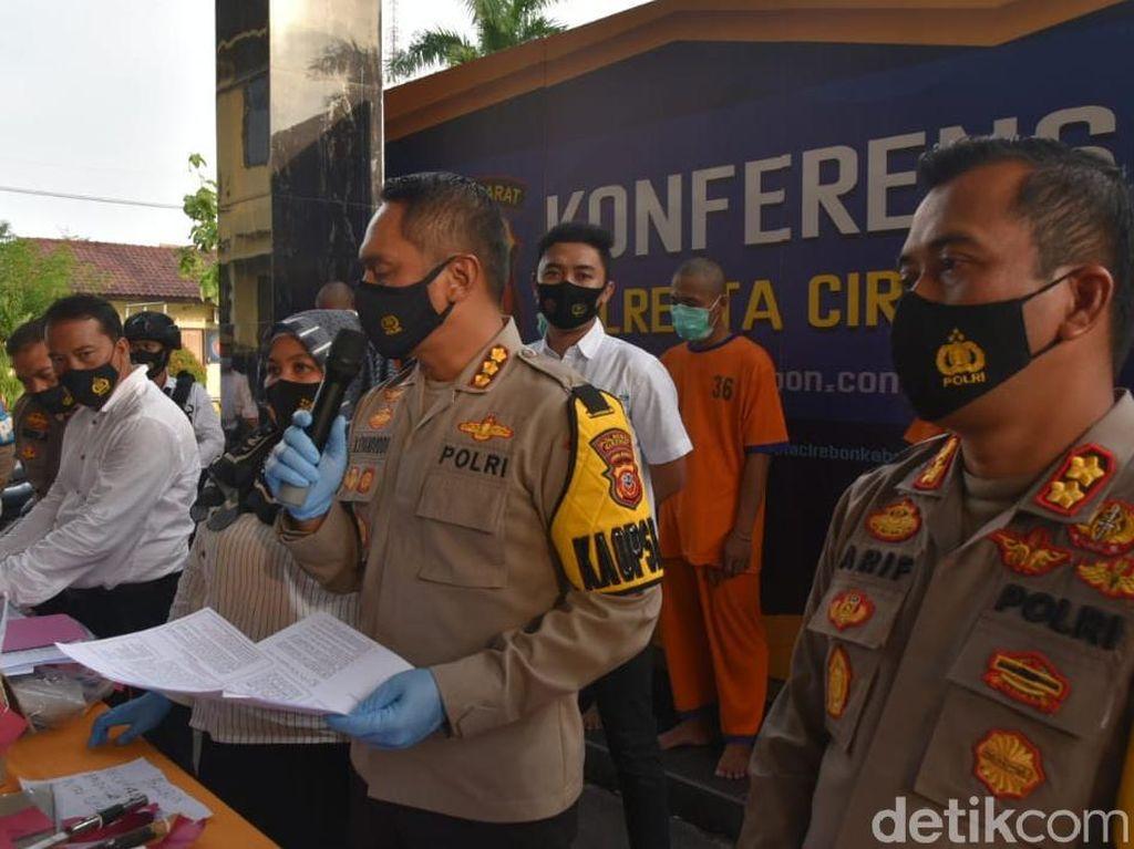 Buruh di Cirebon Ditangkap Gegara Nyambi Jadi Pengepul Togel Online