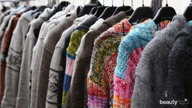 Gantungan Sweater