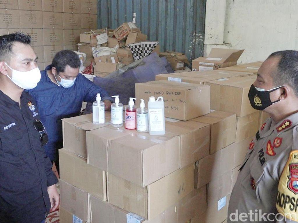 Kotak Suara, Hand Sanitizer dan Disinfektan Tiba di KPU Banyuwangi