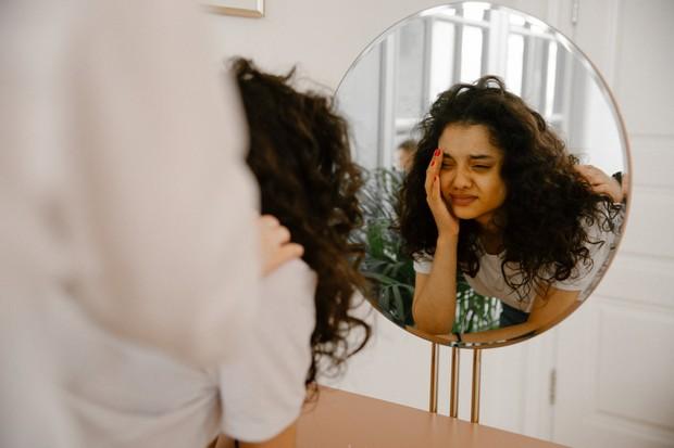 para ahli mengatakan bahwa fungsi menangis sebenarnya adalah untuk mendekatkan kita pada orang lain.