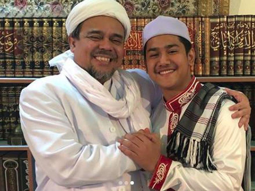 Pertemuan Syakir Daulay dengan Habib Rizieq Curi Perhatian