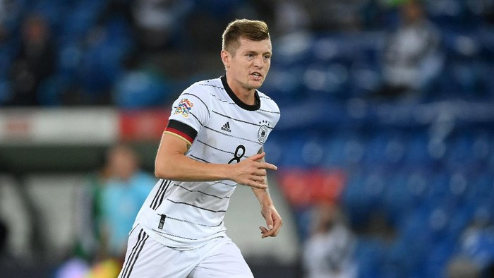 BASEL, SWITZERLAND - SEPTEMBER 06: Toni Kroos of Germany seen during the UEFA Nations League group stage match between Switzerland and Germany at St. Jakob-Park on September 06, 2020 in Basel, Switzerland. (Photo by Matthias Hangst/Getty Images)