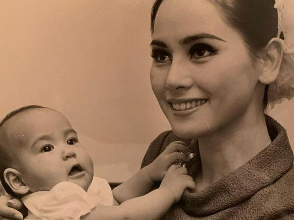 Most Pop Sepekan: Cantiknya Dewi Sukarno di Usia 27 Saat Hidup di Pengasingan
