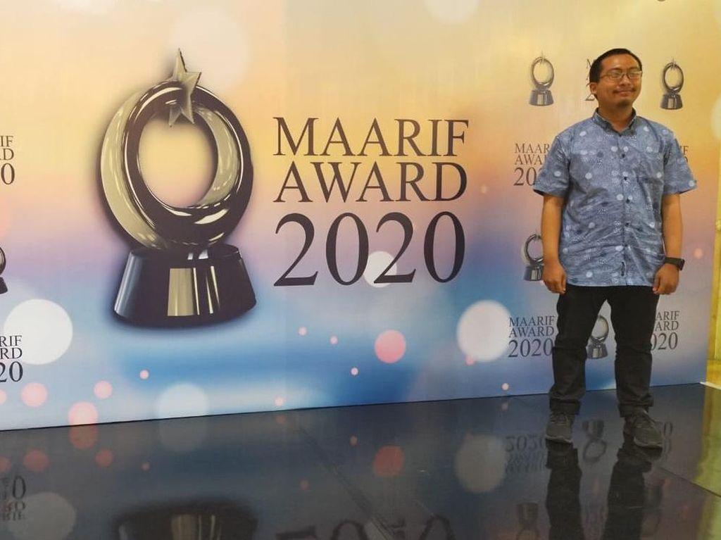 Ustaz Muda Ibnu Kharish Raih Penghargaan MAARIF Award 2020