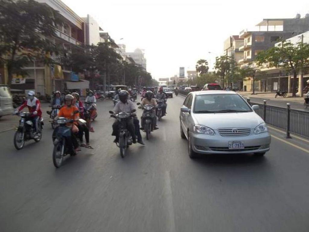 Foto Jalanan Phnom Penh di Kamboja, Tak Jauh Beda dengan Jakarta