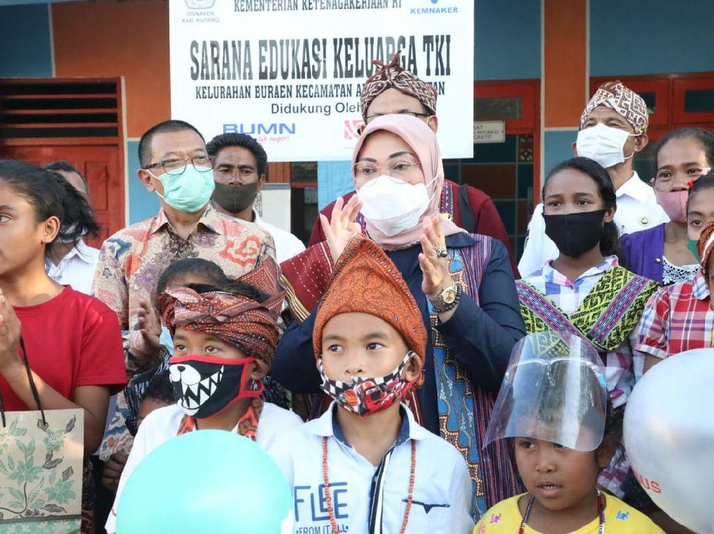 Menaker Ingatkan Pekerja Migran Jangan Terbujuk Rayuan Calo