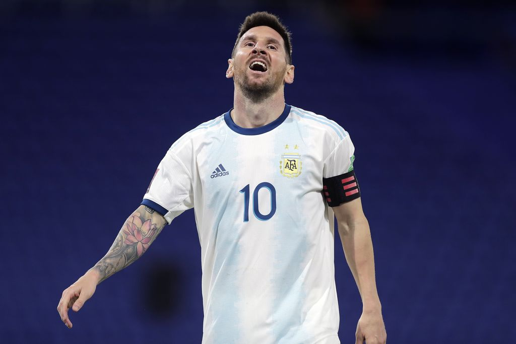 BUENOS AIRES, ARGENTINA - NOVEMBER 12: Lionel Messi of Argentina reacts after having his goal disallowed by VAR during a match between Argentina and Paraguay as part of South American Qualifiers for Qatar 2022 at Estadio Alberto J. Armando on November 12, 2020 in Buenos Aires, Argentina. (Photo by Juan I. Roncoroni-Pool/Getty Images)