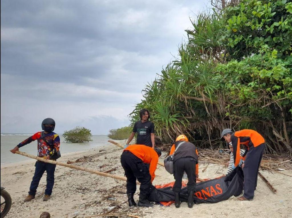 Mayat Pria Mengambang di Pantai Sukabumi, Petugas Temukan STNK-Ponsel
