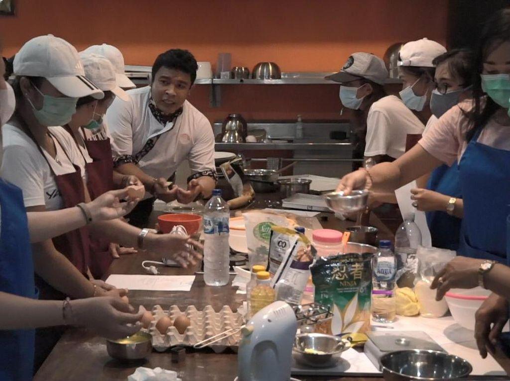 Pemkab Badung Gelar Pelatihan Barista, Tata Rias & Bakery buat Warga