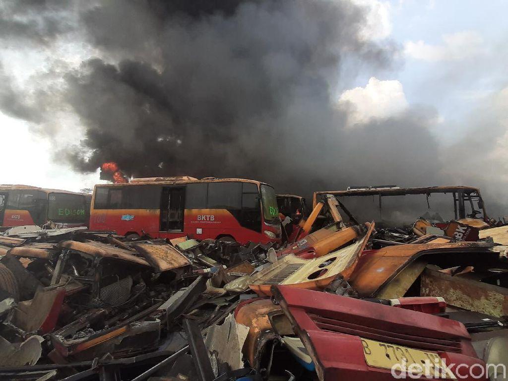 Menengok Lokasi Jagal Bus TransJakarta Sebelum Terbakar