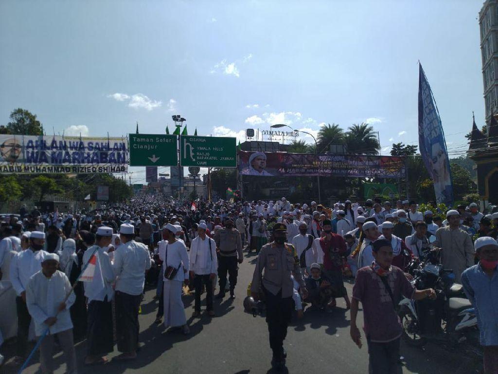 Bupati Bogor soal Kerumunan HRS: Massa Besar, Kami Tak Bisa Tindak