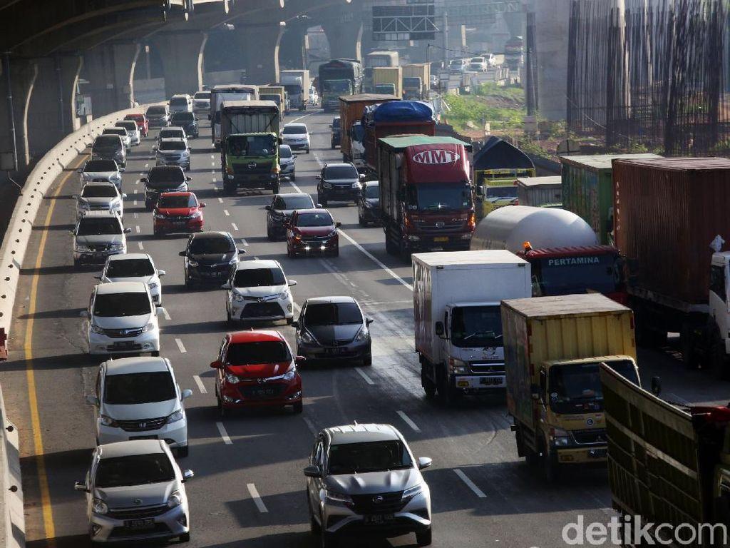 Libur Natal, 800 Ribu Kendaraan Diprediksi Tinggalkan Jakarta