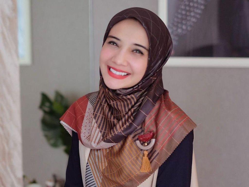 Profil Zaskia Sungkar, Istri Irwansyah yang Lagi Hamil Anak Pertama